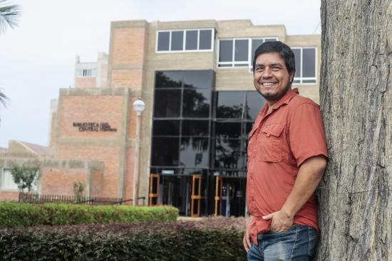 Raul Sifuentes, jefe de la Unidad de Automatizacion de la Biblioteca-PUCP.