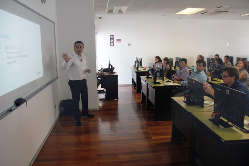 Abel del Carpio, especialista de la Dirección de Evaluación y Gestión del Conocimiento de Concytec.